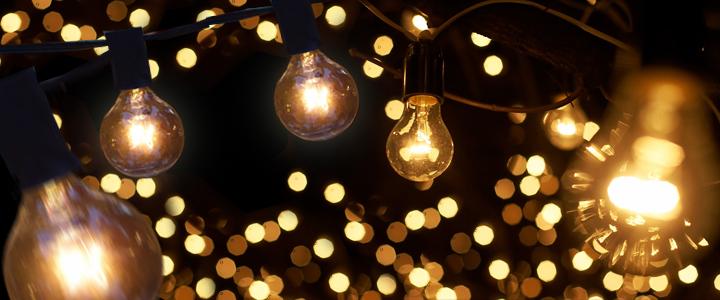 Hehkulamput luo tunnelmaa lämpimän värinsä ansiosta